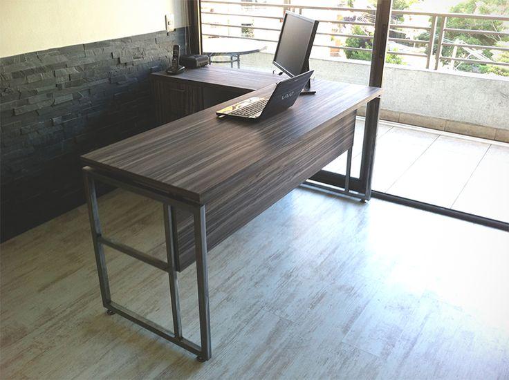 Mobiliario simple y utilitario, pensando en elementos adaptables a distintos tamaños, espacios y usos.