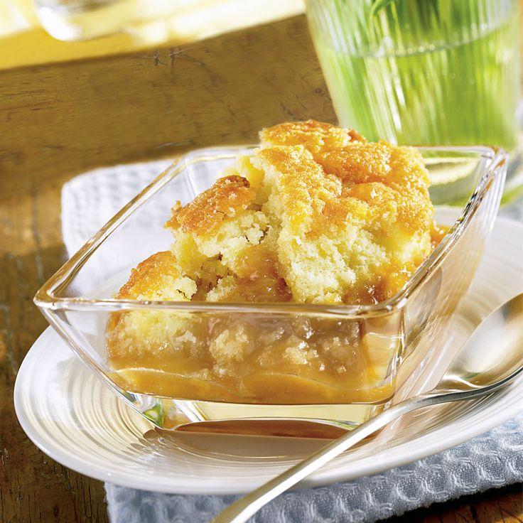 Pouding chômeur au sirop d'érable—On peut préparer ce dessert quelques heures à l'avance ou même la veille. La sauce sera un peu moins abondante, mais on n'a qu'à le réchauffer au four pour qu'il soit tout aussi gourmand!