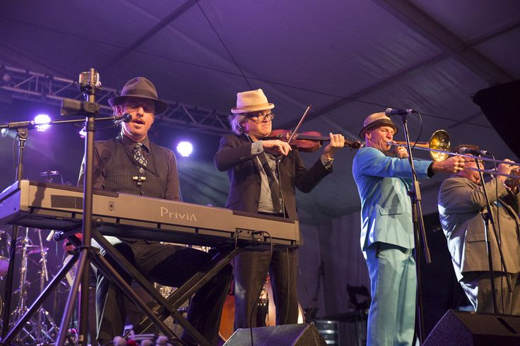 Big Ol Bus at Caloundra Music Festival 2014 - Bruce Haggie Photography
