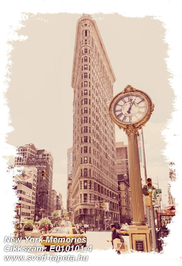 ☞ At 87 metres high this was New York's tallest building when it was built in 1902. Wallpapering the story! #flatiron #wall #decor #tapeta #foto #poster