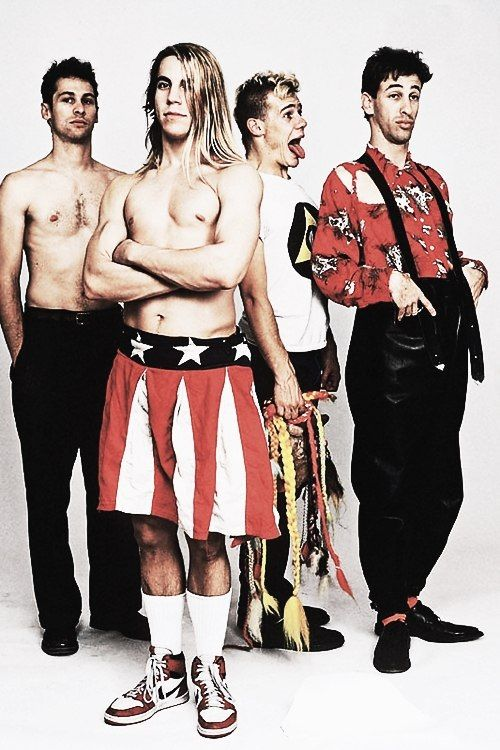 The first time the red hot chili peppers performed naked