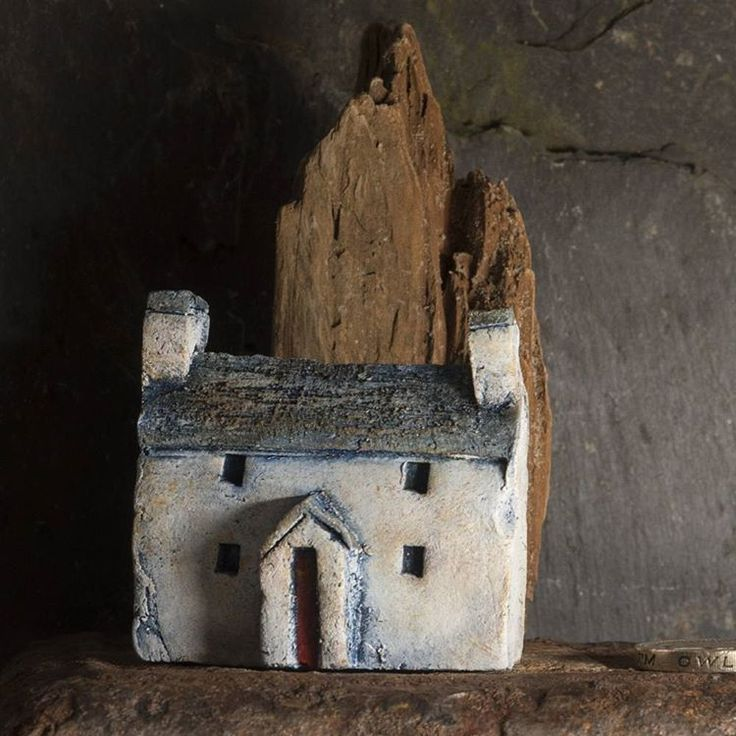 Playing with clay and paint and rock and light; oh, I love my job! #clayrichard #littlehouses #littlehouse #welshhouse