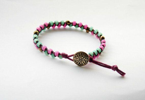 Hot pink and milk peridot bracelet bohemian beaded by MUSAjewels #italiasmartteam #etsyshop #etsy #shopping #giftidea @etsy