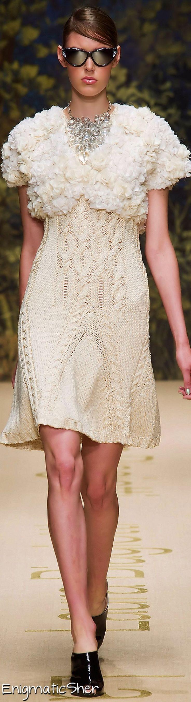 Laura Biagiotti Spring Summer 2014 Ready-To-Wear