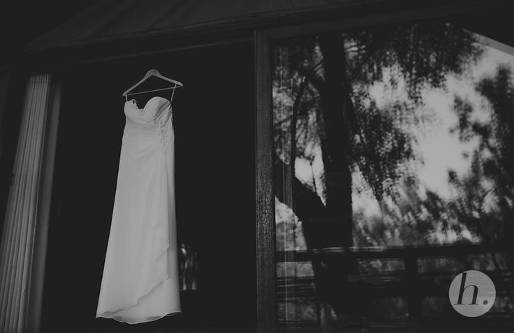 wedding-dress-in-black-and-white
