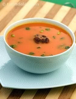The ever-popular tomato soup enriched with protein and iron rich rajma giving strength to your hair.
