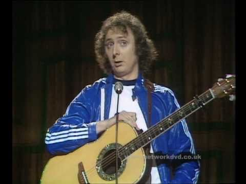One of the first times I saw and heard an Ovation - comedian Jasper Carrot!  An Audience with Jasper Carrott - on DVD - YouTube