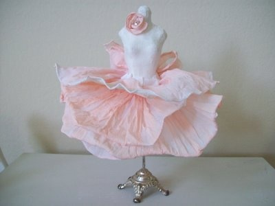 Fanciful Designs: Crepe-paper tutu from Moi Atelier...