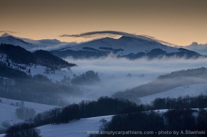 Winter morning in Bieszczady Mountains. #Poland www.simplycarpathians.com
