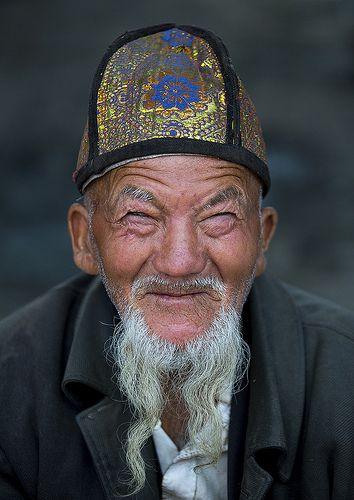 Uighur Beggar, Xinjiang, China   Flickr - Photo Sharing!