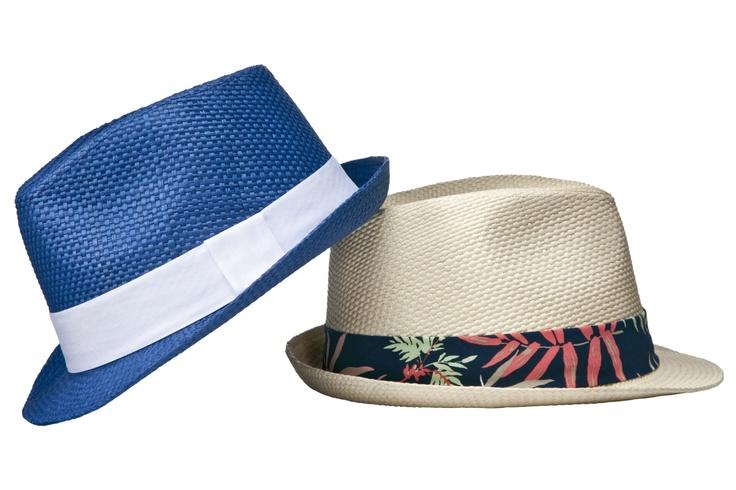 Een hoed hoort erbij, lekker voor bij het zwembad in de tuin van het vakantiehuis. #Vakantie #mode #Vakantiehuizen