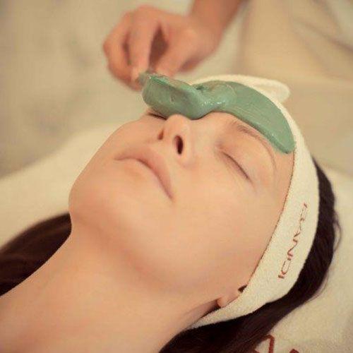 wehikuł czasu- zabieg wzmacniający funkcje obronne skóry / the time machine- treatment strenghtening the defensive functions of the skin