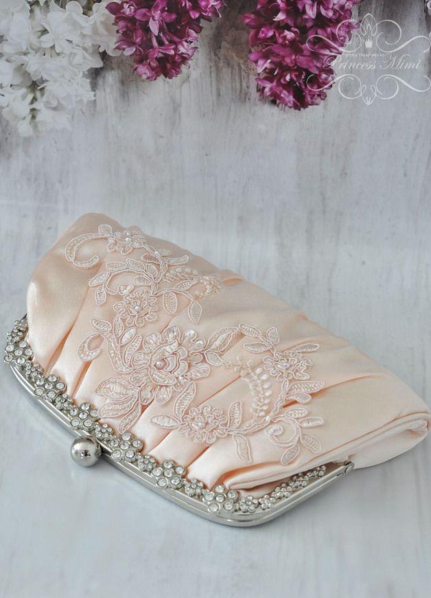 Brauttaschen - Brauttasche Spitze und Perlen Satintasche Apricot - ein Designerstück von Princess_Mimi bei DaWanda