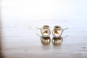 Goldfish in a bowl earrings...adorb