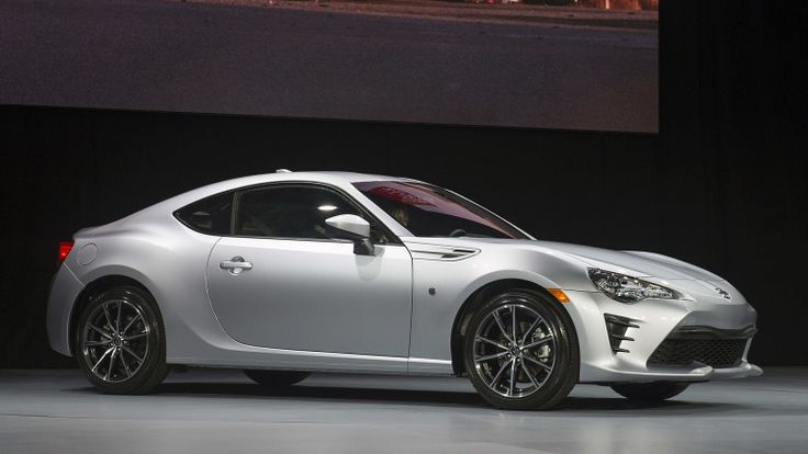 The more powerful, refreshed 2017 Toyota 86 modernizes the Scion FR-S in the US.