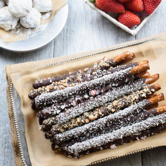 #delicious Chocolate Covered Pretzel Rods #foodie