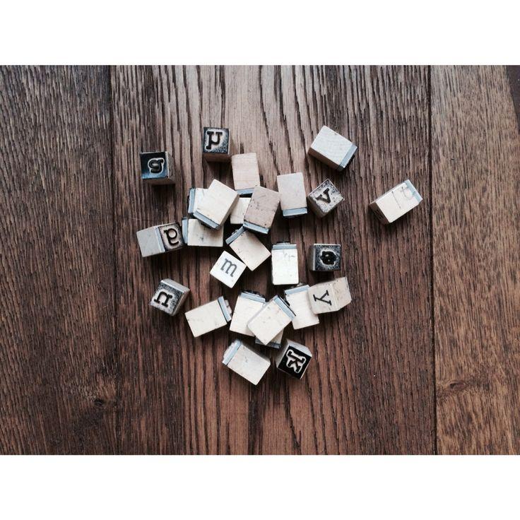 • letterstempels •  Gebruikt voor de labels aan de rompers.
