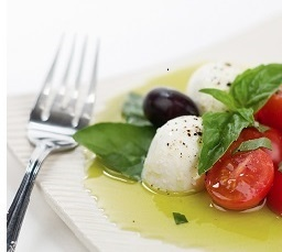 Bocconcini di Bufala – 180 g for $10.10 Cow Bocconcini – 180 g for $6.90 Natural Pastures Cheese www.naturalpastures.com