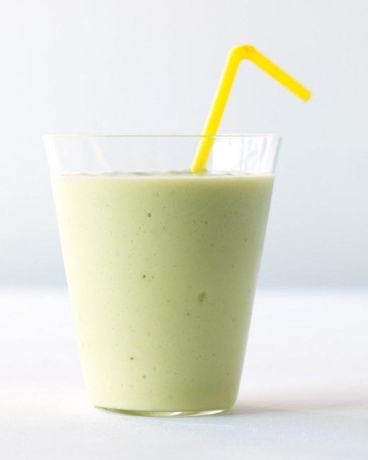 Avocado-Banana Smoothie Recipe: Avocado Bananas Smoothie, Bananas Orange Green Smoothie, 1 2 Cups, Smoothie Recipes, Plain Greek Yogurt, Recipes Brainpowersmoothi, Smoothie Drinks, Orange Juice, Yogurt Cups