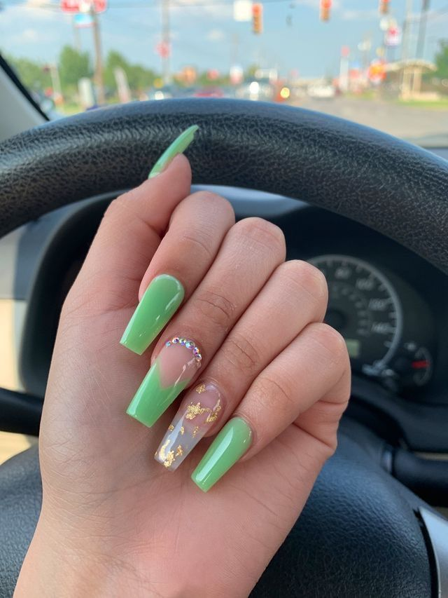 @leighaaw ☁️   – Nails