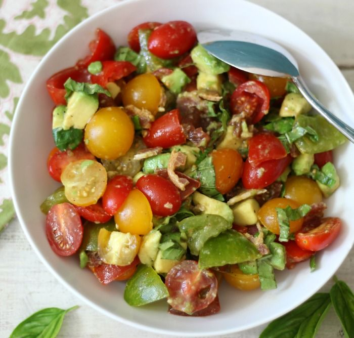 Tomato, Avocado and Bacon Salad #SundaySupper - A light, summertime salad made with tomatoes, avocado, bacon, fresh basil and a little bit of salt & pepper to make the tomatoes juicy.