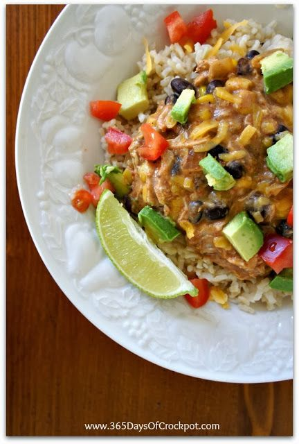 365 Days of Slow Cooking: Recipe for Slow Cooker Creamy Black Bean Salsa Chicken