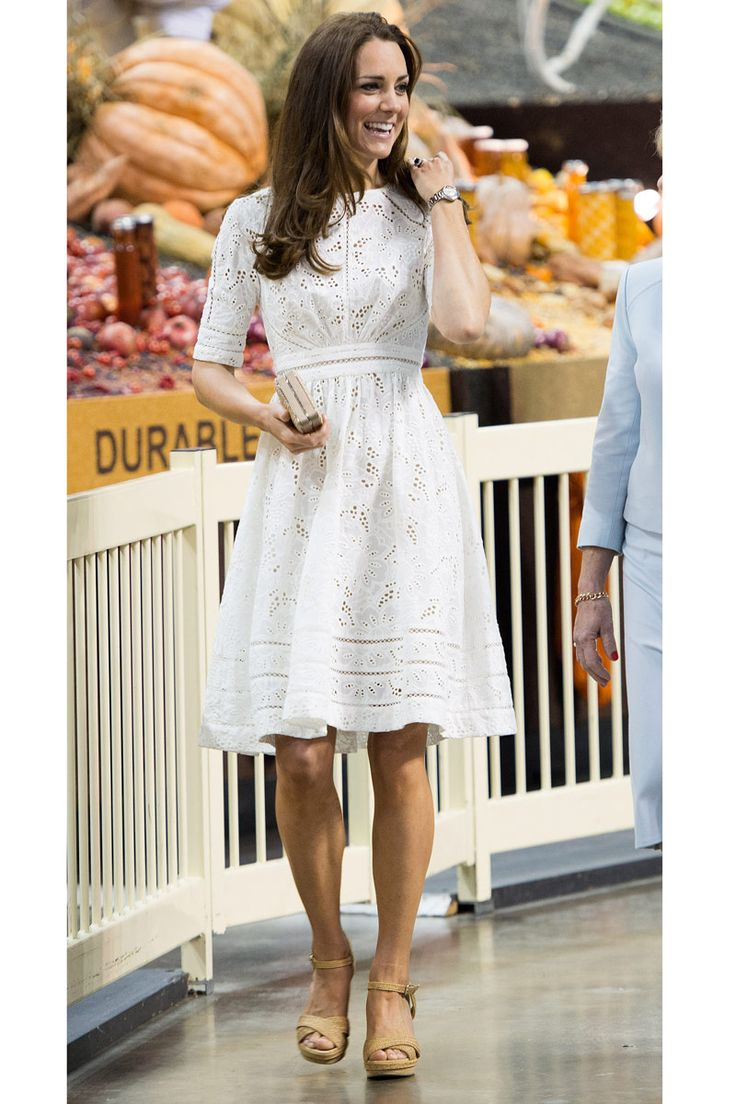 I don't know about you, but we just can't get enough of Kate Middleton's style!