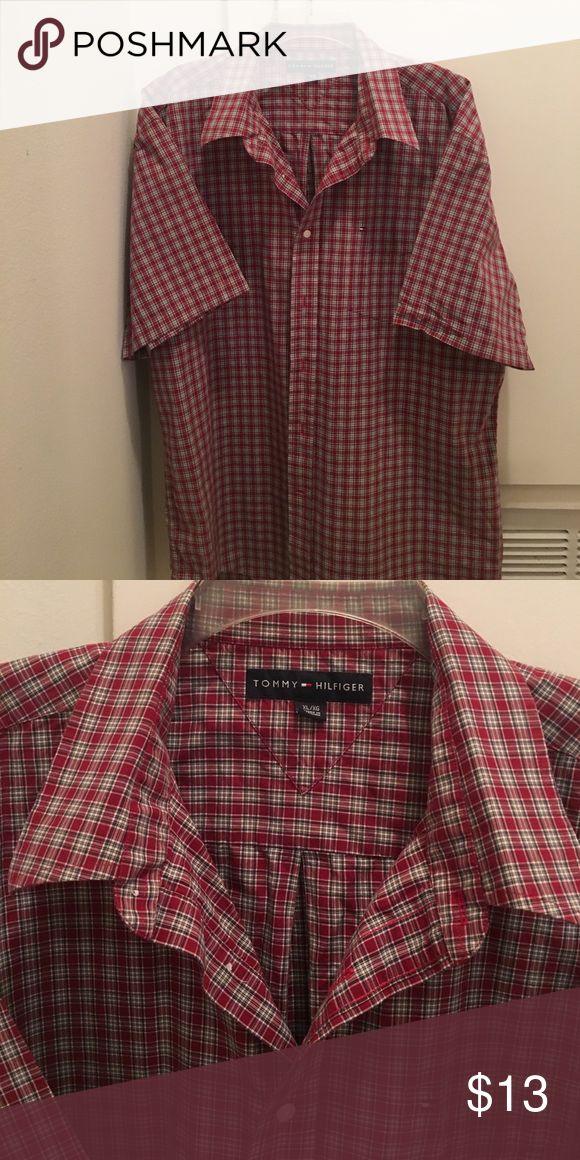 Tommy Hilfiger men's button down shirt XL shirt , excellent condition Tommy Hilfiger Shirts Casual Button Down Shirts
