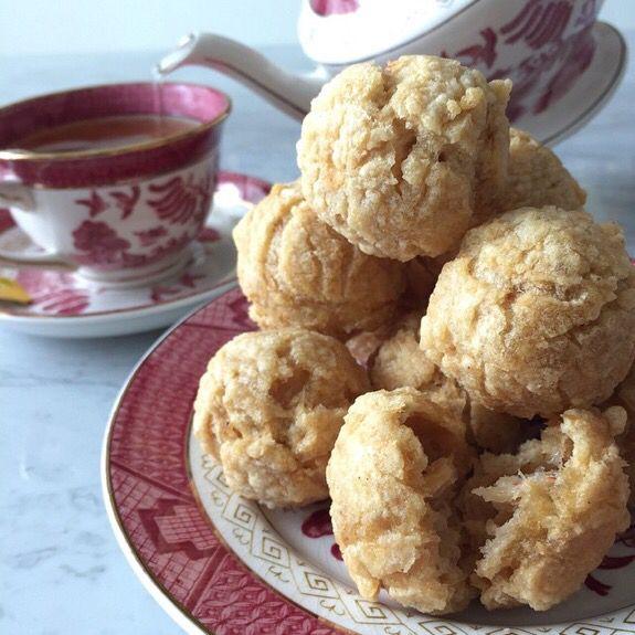 Tea time dengan bakso goreng @baksoayin. Lokasi: Jakarta