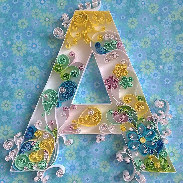 #Буква #А для маленького мальчика Артёма и мой любимый #контурныйквиллинг. Думала что в праздники буду много работать, но ошибалась) просто набираюсь сил и вдохновения для новых затей  #тест на внимательность - что вы видите #внутри буквы? ☝️