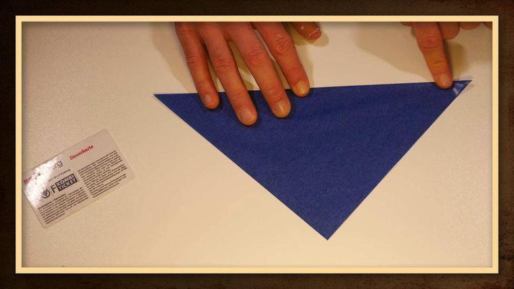 Weihnachtsstern Aus Transparentpapier Basteln Blau Made By Myself In 2020 Weihnachtsstern Transparentpapier Basteln