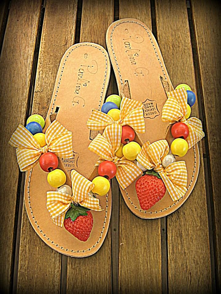Leather sandals with plastic strawberry and wooden beads
