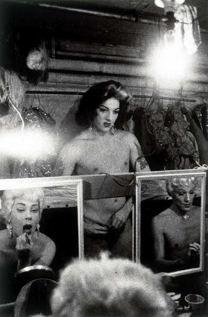 Diane Arbus                                                       …