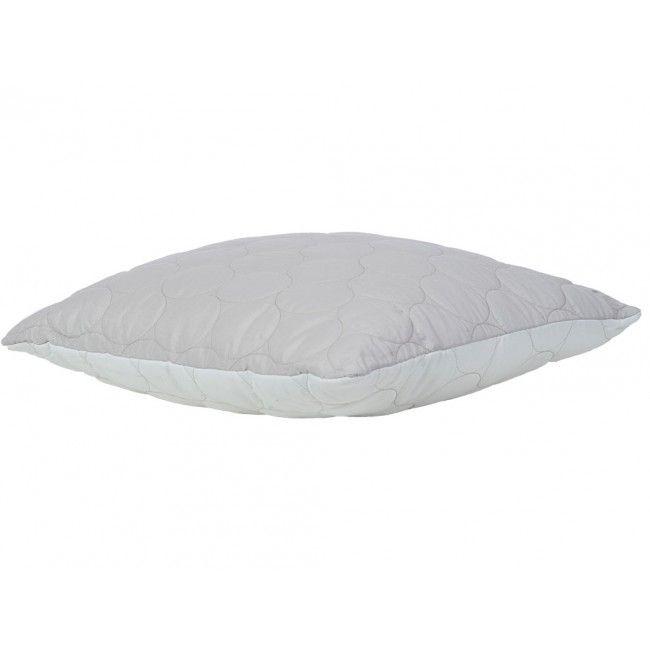 Flotte puder fra Moflin kan kombineres med matchende sengetæppe.Puderne har indsyet cirkler i stoffet, som giver et flot mønster.Findes i tre forskellige farver:Lys sand/Råhvid, petroleum/gråog vinrød/gråStørrelser:50cm x 50cm35cm x 60cm.Puden leveres kun med fiberfyld.