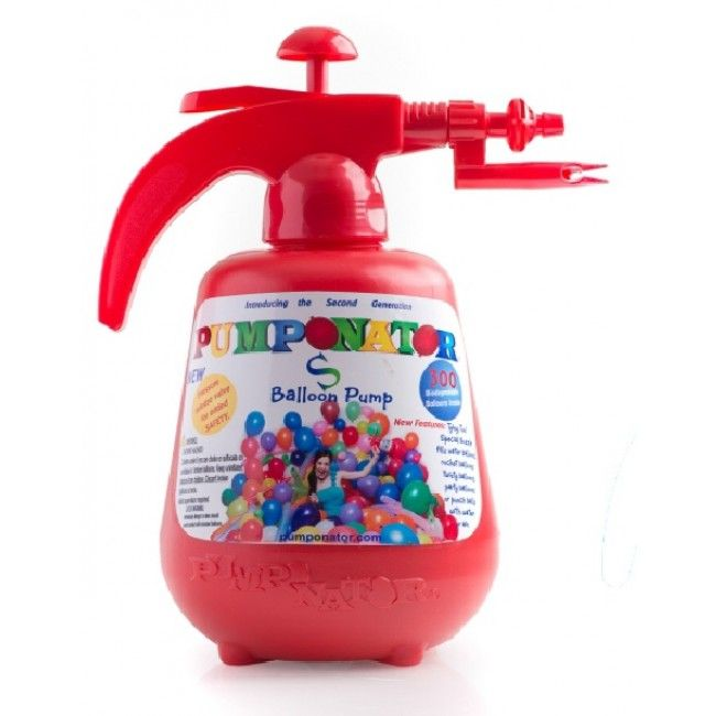 Water play made easy on a hot Christmas Day - Pumponator Water Balloon Station - #Entropywishlist #pintowin
