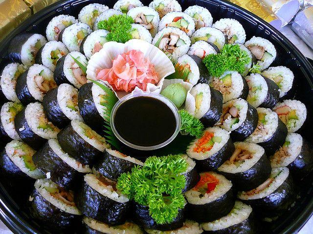 Sushi Platter, for more sushi pics follow me here: @makesushiorg #sushi #fiesta