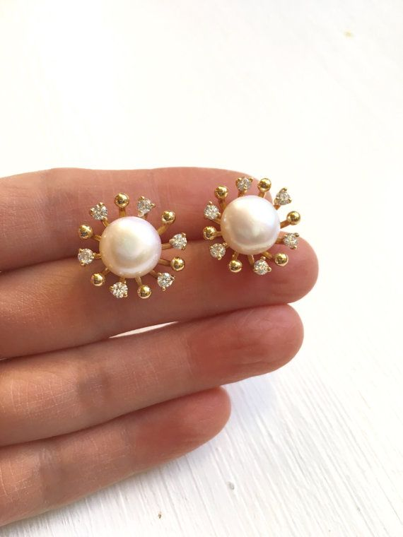 Big Pearl Stud Earrings,Big Pearl Studs,Big Pearl Earrings,Pearl and Diamond Stud Earrings,Bridal Pearl Earrings,Gift For Mom,Pearl Studs