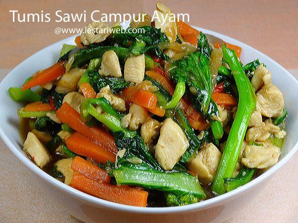 TUMIS SAWI CAMPUR AYAM, resep simpel untuk anda yang baru belajar memasak, sedang malas masak atau tak punya waktu banyak untuk memasak ;-). Kali ini kita membuat tumis dengan paduan ayam, sawi hijau dan wortel. Sawi hijau adalah salah satu sayuran hijau favorit saya. Sayuran ini memberikan cita rasa tersendiri dan menjadi pelengkap yang lezat untuk sajian berbasis Mie seperti Mie Ayam atau Mie Rebus.