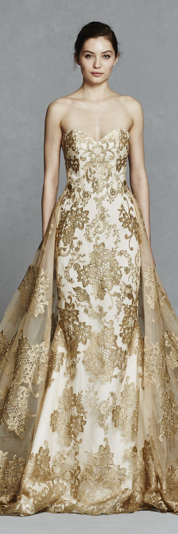Gold sweetheart wedding dress #goldwedding @kellyfaetanini