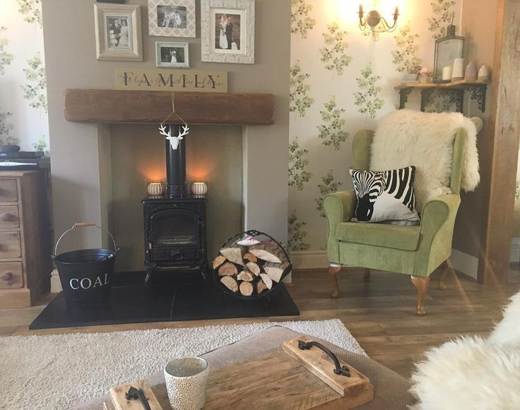 Ive really enjoyed cleaning my home with the #vorwerk @vorwerkuk really feels clean too its just best hoover ever , check out my stories for a free demo.............. #livingspace #cleanhomecleanmind #tidyhometidymind #lovetoclean #countryhomedecor #interior123 #interior444 #homedecor