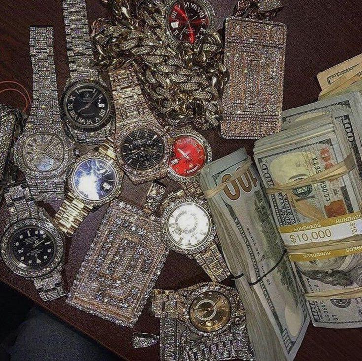 жестоком убийстве богатство деньги роскошь драгоценности картинки движется благодаря таким