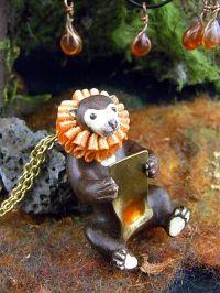 「光集めのマレーグマ」ネックレス