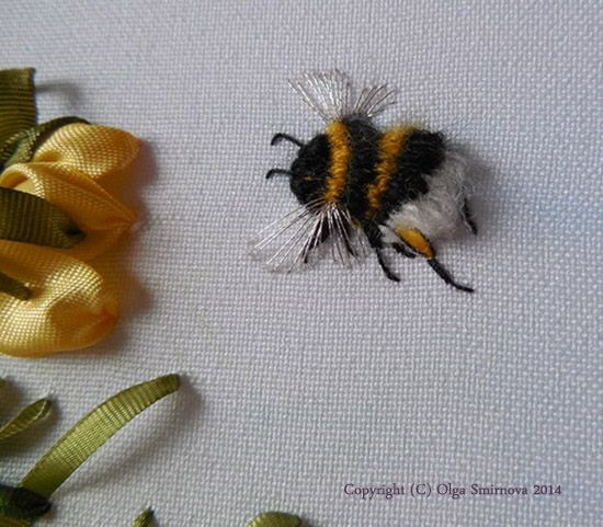 Beautiful, intricate work on a bumblebee in stitch!!   http://www.dicraft.co.za/blog/pansies-and-bumblebees-by-the-talented-olga-smirnova-from-st-petersburg/
