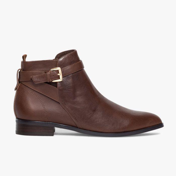 Boots marron en cuir bout pointu