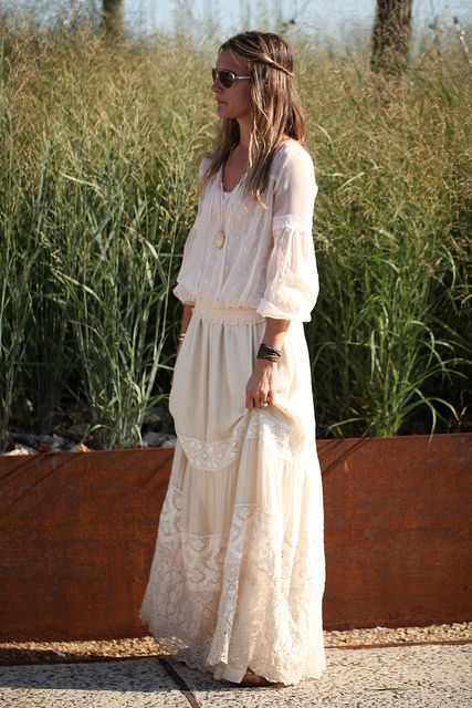 Long romantic dress_Free People Shoot