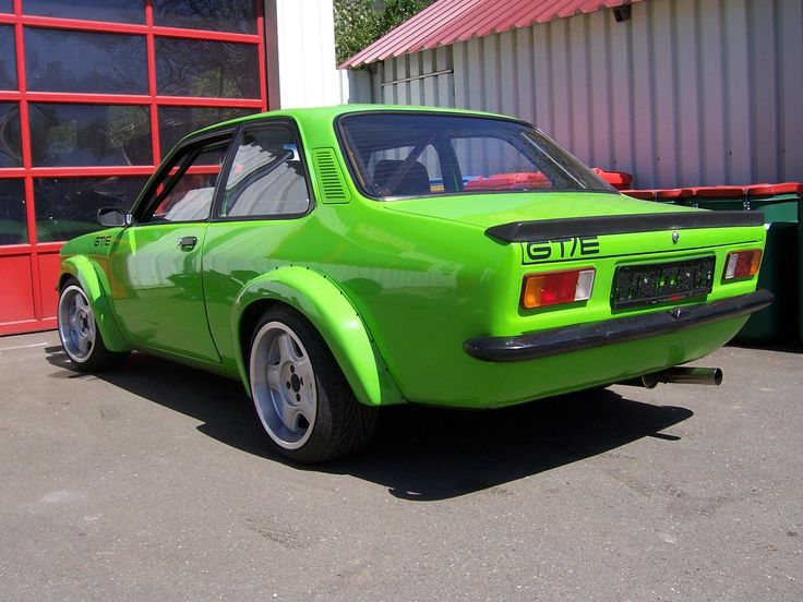 Opel+Kadett+C lime green