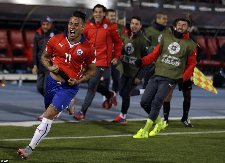 Eduardo Vargas scored twice on Saturday night to help Chile through to the Copa America final with victory over Peru. Copa  America Chile 29.6.15