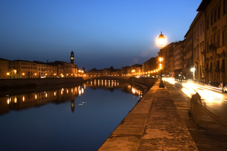 Arno river in the evening