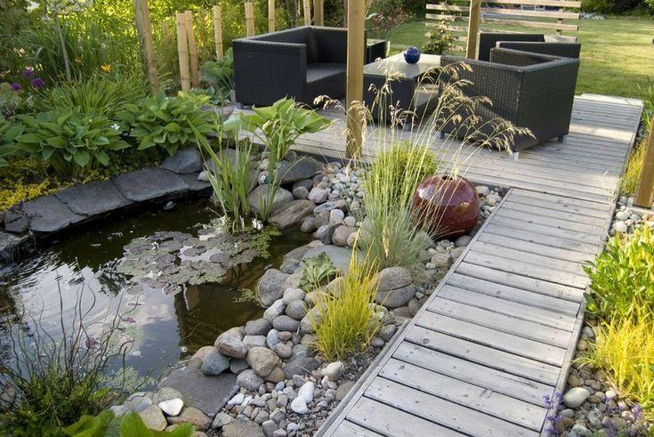 Dise o de jardines modernos muebles patio estanque for Patios y jardines modernos