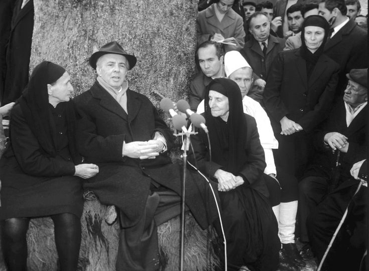 E.Hoxha during the last visit to Gjirokastra in 1978.